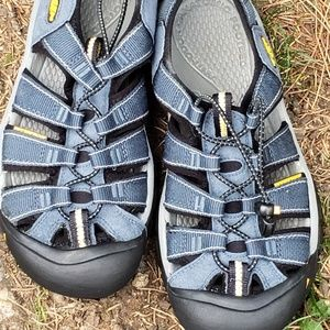 Keen Newport Waterproof Sandals Mens Sz 7 Outdoors